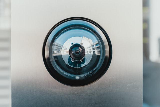 [COVID 19] – Focus sur les caméras dites « intelligentes » : la CNIL en appelle au législateur